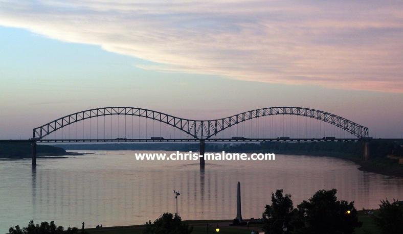 """The """"M"""" bridge (Hernado DeSoto Bridge) Downtown Memphis"""
